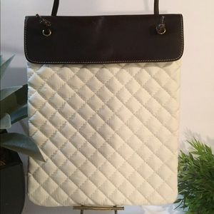 LANDS END WHITE QUILTED & BROWN LEATHER CROSSBODY